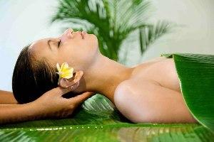 <b>Spa Day</b> REGALO DI BENESSERE E RELAX piscine termali accappatoio telo spugna massaggio a scelta<b> € 50</b>