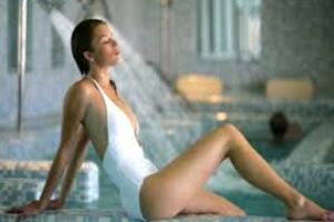 1 Notte - SEMPLICEMENTE REALX - Abano Terme utilizzo Centro Spa Elisir e 1100mq. di piscine termali  € 99</b>