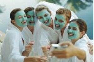 <b>Spa Day TERME Piscina PARTY!</b> Festeggia con noi il compleanno addii al nubilato al celibato !<b> € 39</b>