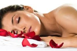 Spa Day Romantico Relax Naturale una giornata esclusiva alle Terme con camera dalle 9 alle 19 € 40