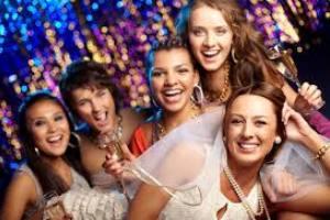 Piscina PARTY Compleanno-Addio al Nubilato/Celibato – Anniversario € 45