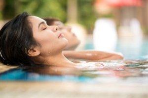 3 Notti - MOMENTI di BENESSERE 1100mq. di piscine termali centro Elisir peeling-massaggio€ 298,50