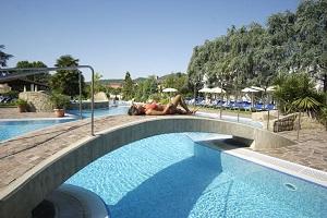 <b>4 Notti - ESCLUSIVO RELAX </b> Hotel Thermae & Resort 4* pensione completa <b>€ 432</b>