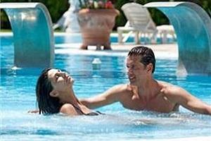 <b>14 Notti - INVERNO LOW COST</b> Hotel 4* centro Abano pensione completa cure termali <b> € 1050</b>