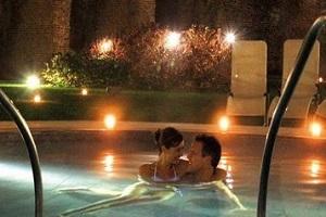 Day Spa – PISCINE alla sera bagno sotto le stelle € 20